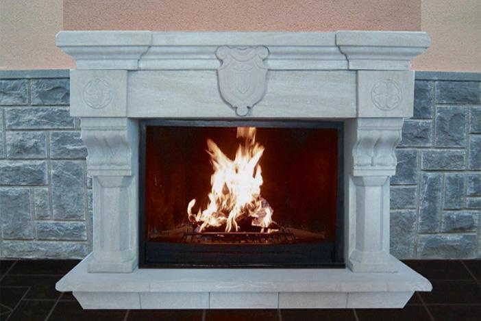 Chimeneas de piedra confort y calor para tu hogar for Chimeneas de piedra rustica