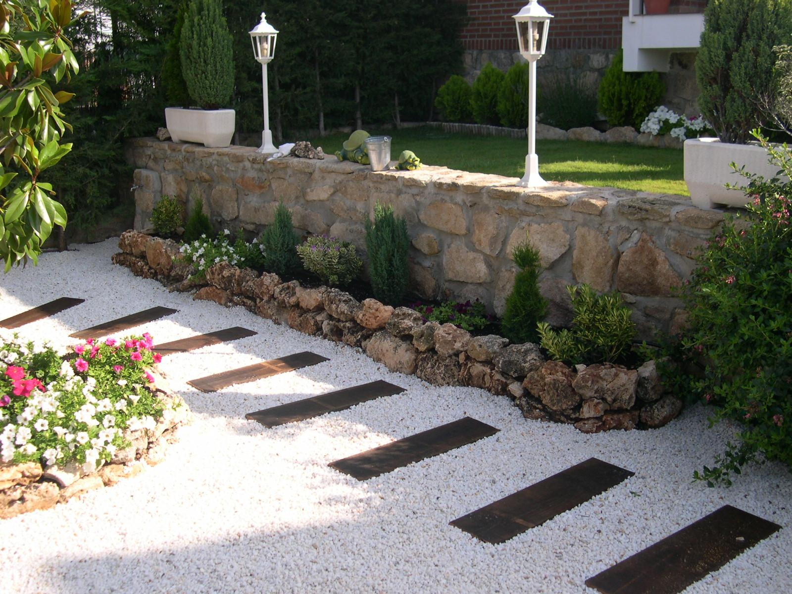 las 5 mejores piedras naturales para el jardn - Piedras Jardin