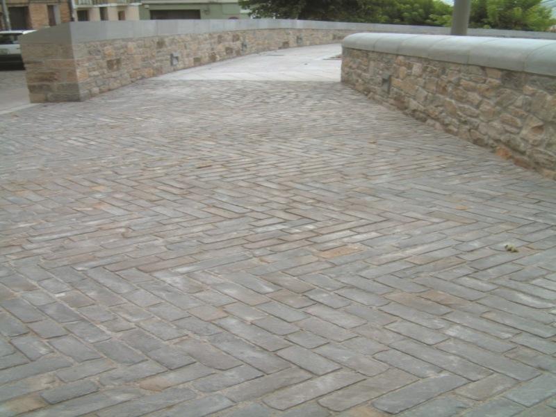 Adoqu n romano cizallado para pavimentos exteriores - Suelos de piedra para exterior ...