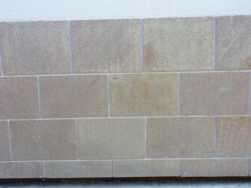 Revestimiento en piedra natural ejemplos de trabajos - Zocalos de piedra ...